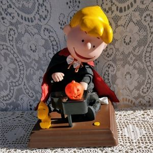 1990's Schroeder Peanuts Linus Playing Piano